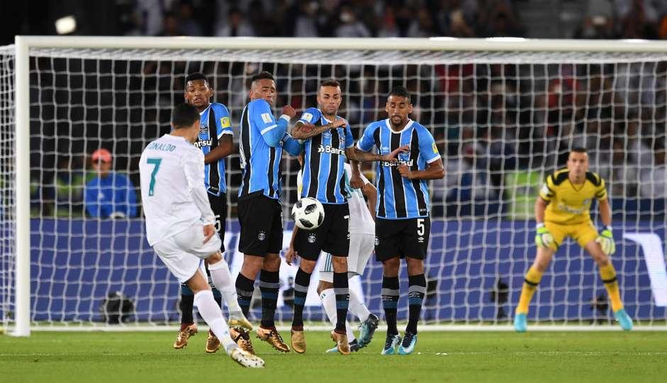 5b27b2cace Real Madrid bate o Grêmio por 1 a 0 e fatura o Mundial de Clubes