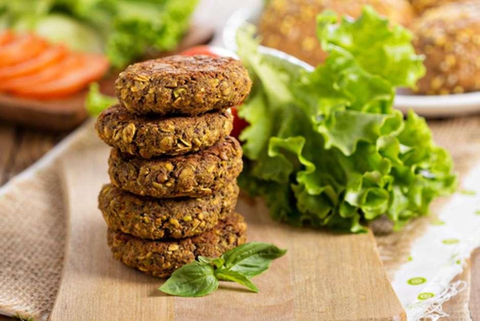 Hambúrguer de lentilha: receita vegetariana fácil