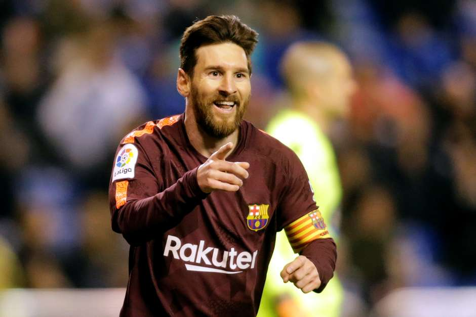 Com hat-trick de Messi 6d5f3e8d05248