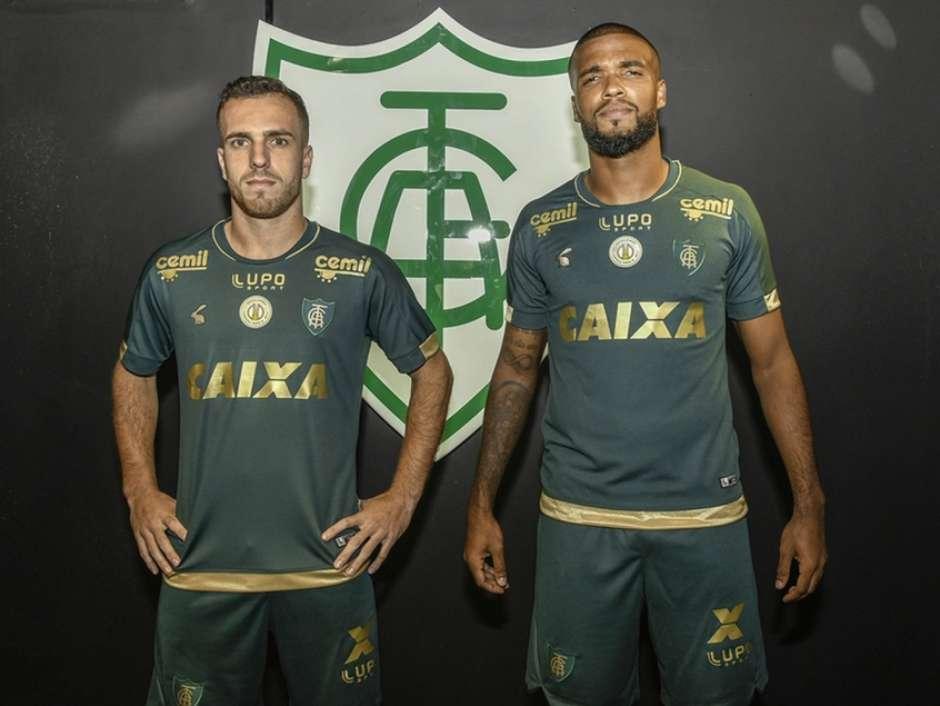 Novo uniforme do América-MG faz alusão aos anos dourados do clube ac4141230c921