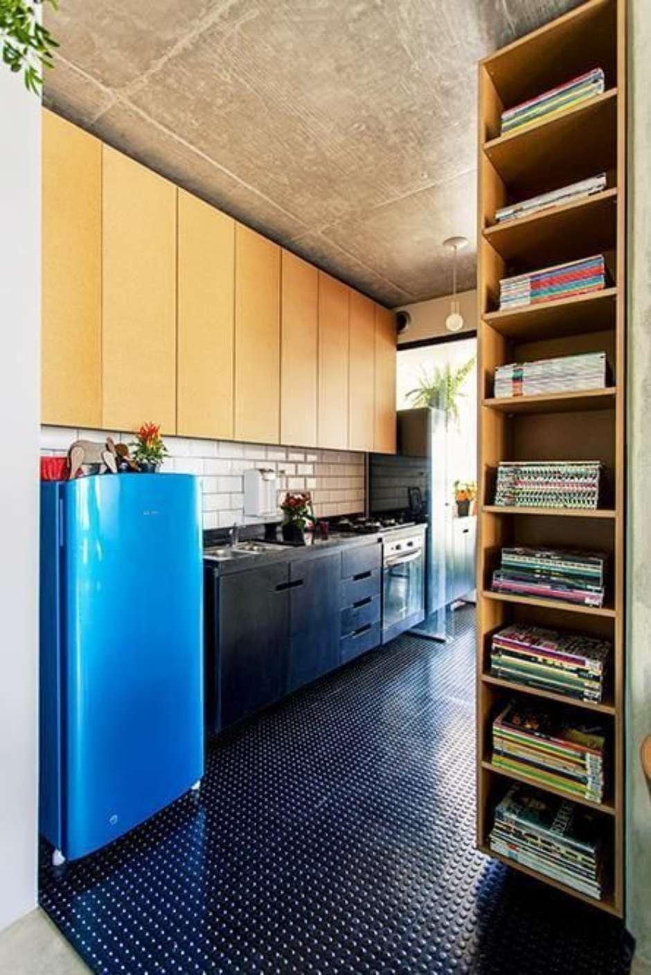 Cozinha Colorida Planejada Cozinha Planejada Com Portas De Vidro