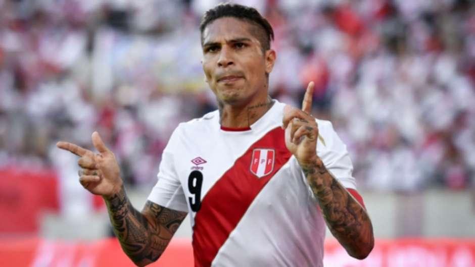 Seleção peruana tem euforia local e  brasileiros  para brilhar na Copa 11eaff18f3a9f