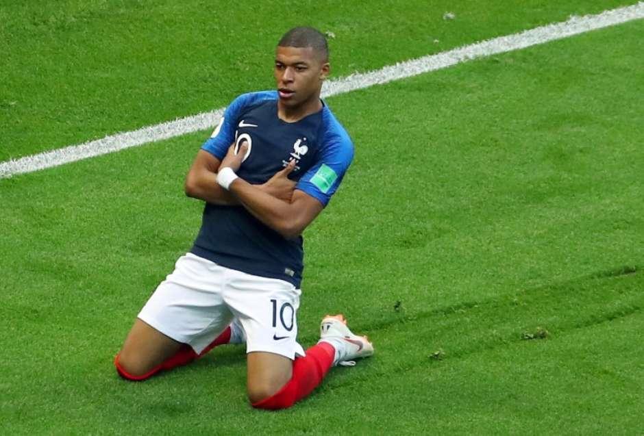 Resultado de imagem para França é a favorita para vencer a Copa, aponta modelo matemático
