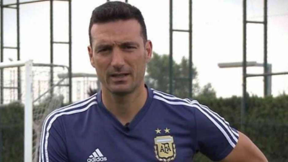 Conheça Scaloni e os desafios do novo treinador interino da Argentina 322a1e2c89038