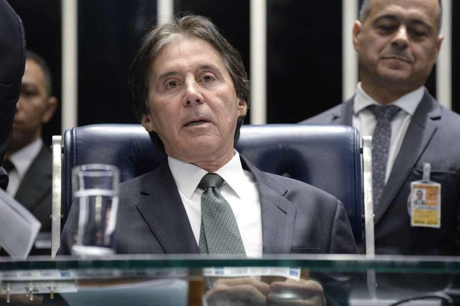 Resultado de imagem para Candidato, Eunício aprova empréstimo de R$ 320 milhões para reduto eleitoral