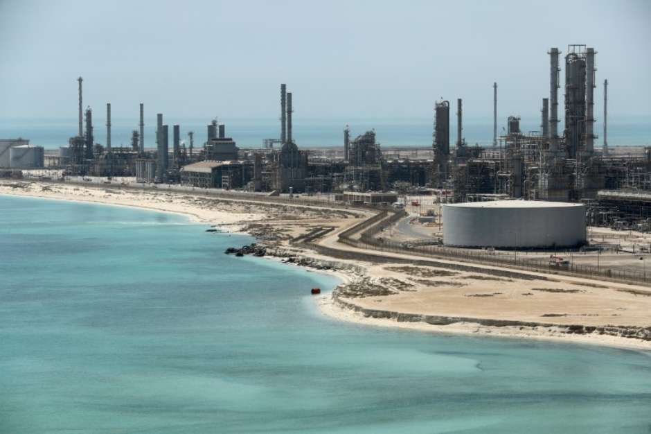Resultado de imagem para Exportações de petróleo da Arábia Saudita caem para 7,120 mi bpd em julho