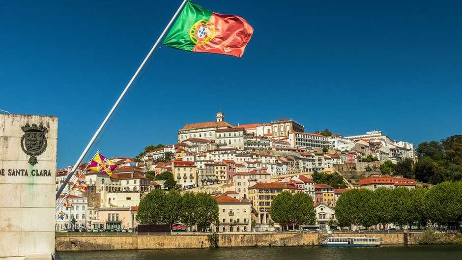 Como Portugal elevou sua educação às melhores do mundo  Pouco dinheiro 916ea8ec0847e