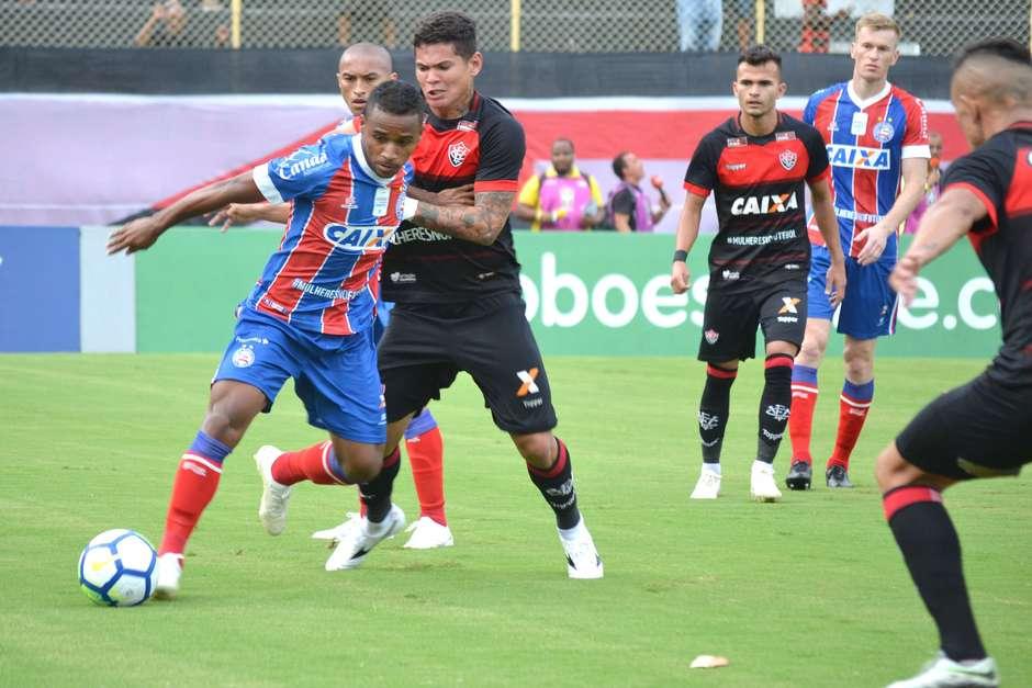 Bahia arranca empate com Vitória no clássico 763224c15063b