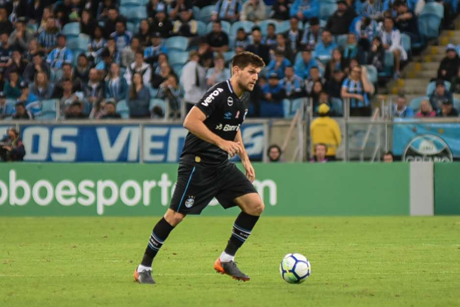 2bdb3aee46 Boca Juniors mira zagueiro argentino Kannemann