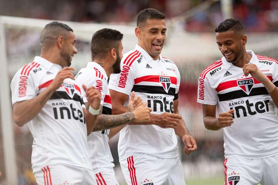 São Paulo é o que mais se aproxima de Fla e Palmeiras ae6df50a45270