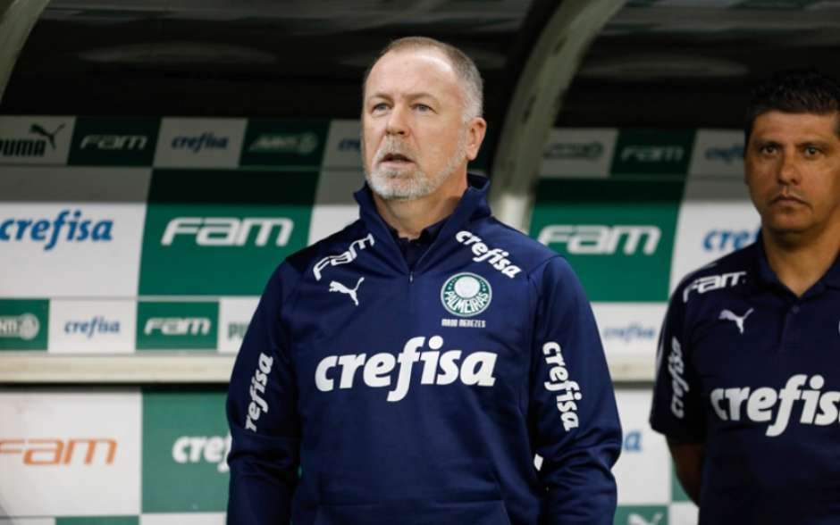Mano Menezes comenta sobre o Flamengo em coletiva p�s-jogo do Palmeiras: O l�der est� fora da curva