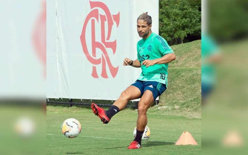 Diego sobre retorno aos treinos: Não se trata de uma afronta, mas algo bastante debatido internamente