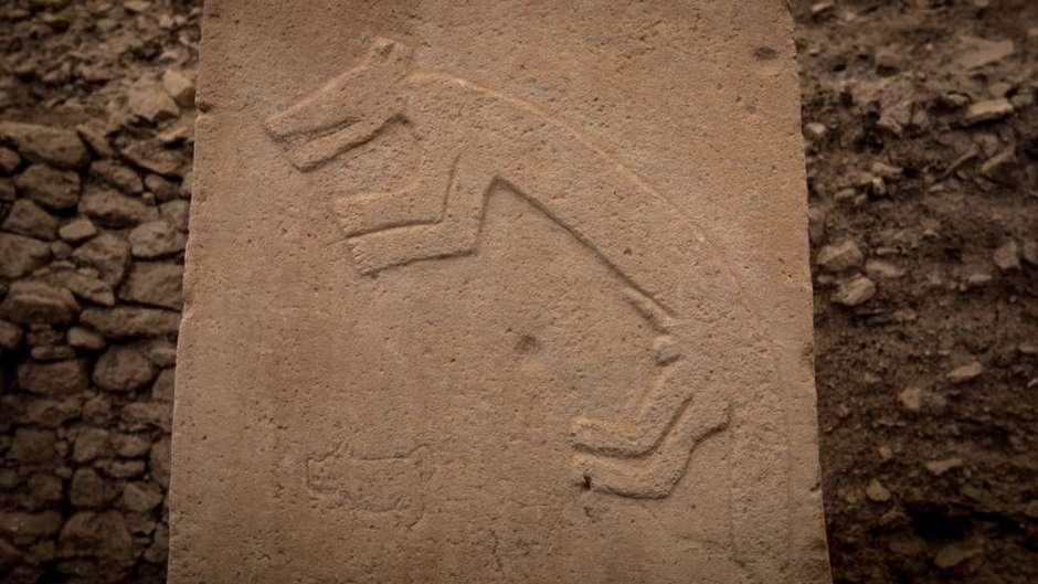 Pilares encontrados no santuário medem até 5,5 metros de altura