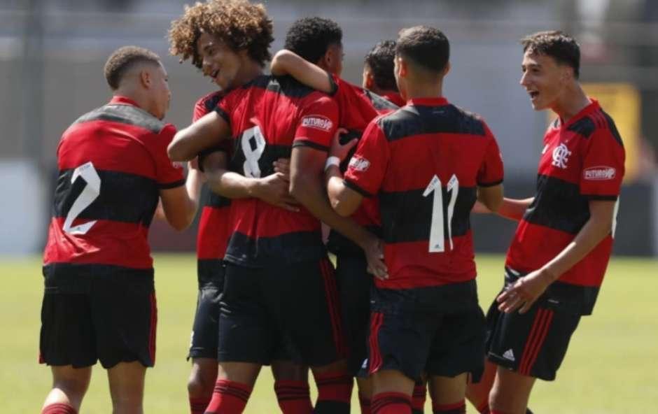 Sub-17 e Sub-15 do Flamengo vencem o Volta Redonda pelo Carioca; veja os gols