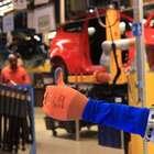 En Ford, hombres y co-bots trabajan para mejorar procesos