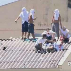 Presos toman rehenes y se amotinan en una cárcel brasileña