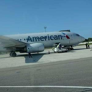 Un piloto de avión de American Airlines muere en pleno vuelo