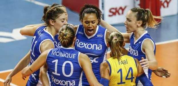 Zé Roberto volta a criticar ranking da Superliga feminina