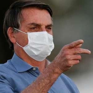Bolsonaro veta indenização a profissionais de saúde