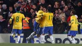 6db31056b5 Fred marca no fim e salva Brasil de vexame contra a Rússia