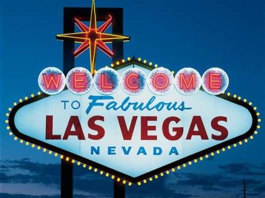 La Capital del Entretenimiento es una fiesta de luces que nunca termina. Para vivir Las Vegas en grande, mira los sitios que no puedes perderte.
