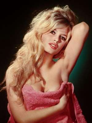 'BB Forever: Brigitte Bardot, the Legend' es el nombre de la exposición que presenta imágenes representativas de la diva francesa.