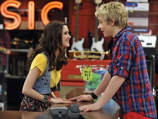Laura Marano y Ross Lynch son los actores protagonistas de la nueva serie de Disney Channel, Austin & Ally.