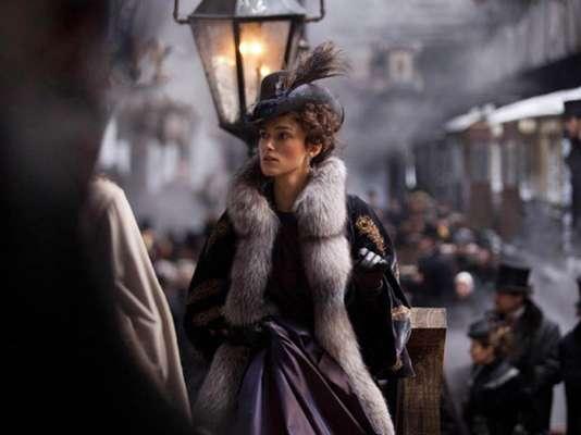 Han salido a la luz los primeros fotogramas oficiales de Keira Knightley en su caracterización de 'Anna Karenina', para la película del mismo nombre.