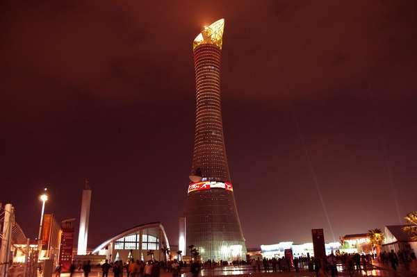 1. Qatar: PIB (PPA) per cápita: 88.222 dólares (estimado a partir de 2009). El emirato del Golfo Pérsico de 1,7 millones de personas se ubica como el país más rico del mundo por habitante, gracias a un repunte en los precios del petróleo y sus enormes reservas de gas natural.
