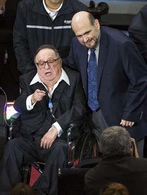 El homenaje 'América Celebra a Chespirito' estuvo embargado de emotividad debido a la presencia del creador de este personaje, Roberto Gómez Bolaños.