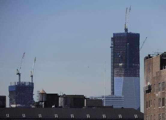 El One Word Trade Center, o la 'Freedom Tower' de New York, ya se convirtió en el edificio más alto de NY con 1.250 pies, pero cuando esté terminado, en 2013, se convertirá en el tercer edificio más alto del mundo. En ese momento alcanzará los 1.776 pies.