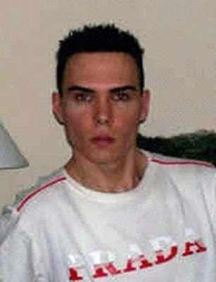 Luka Rocco Magnotta, un actor porno y modelo que grabó en video el asesinato y mutilación de Lin Jun, su compañero sentimental Posteriormente subió las imágenes a internet.