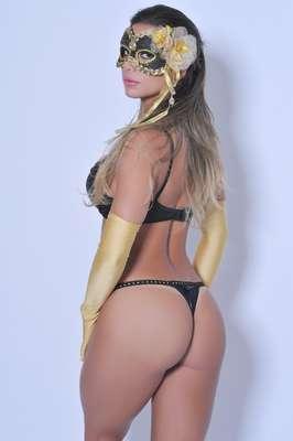 Graciella Carvalho, a Vice Miss Bumbum, é a estrela da campanha de lingerie Malhadona