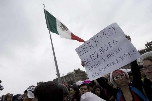 Músicos mexicanos unieron sus voces para apoyar al Movimiento #YoSoy132.