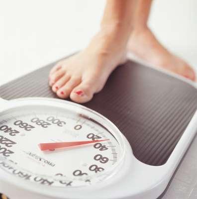 """Você vive malhando e contando calorias, mas mesmo assim, os resultados na balança são quase nulos. Isso é sinal de que você pode estar cometendo alguns deslizes e sabotando sua própria dieta. A Health Magazine listou cinco perguntas que você deve fazer para ver como anda sua dieta. Se a resposta da maioria delas for """"sim"""", reveja seus hábitos"""
