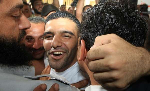 The professional soccer player, Mahmud Al Sarskak, was liberated by Israel after three years in prison without any formal charges.