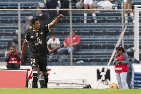 Alfredo Moreno looks to keep scoring goals in Tijuana after a positive season with San Luis.