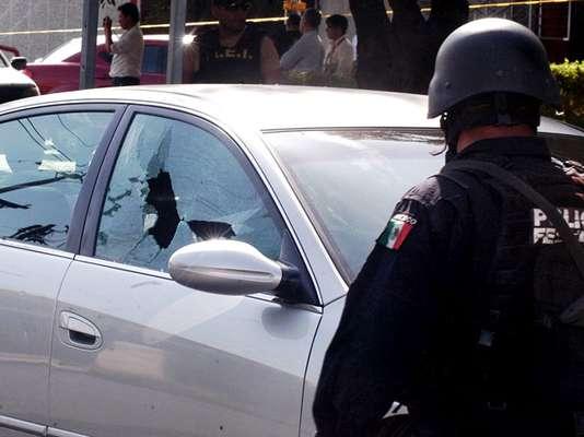 La lucha por el poder de las bandas criminales en México no solo se ha llevado de encuentro a miles de víctimas, sino que también ha golpeado centros de entretenimiento o negocios, que por la inseguridad han cerrado sus puertas. Una muestra de ello ocurre en Monterrey, una ciudad al norte del país que se ha convertido en los últimos años en escenario del crimen organizado.