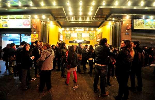 """Ante un Teatro Caupolicán repleto, el cantautor chileno Manuel García presentó su nuevo disco, """"Acuario"""", en el primero de tres conciertos que ofrecerá en el lugar este fin de semana."""