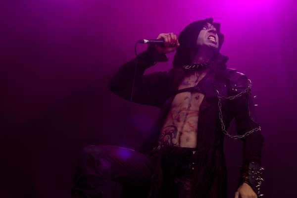 El metal extremo y melódico de Noctem ha inaugurado el escenario Costa del Fuego el segundo día de conciertos.