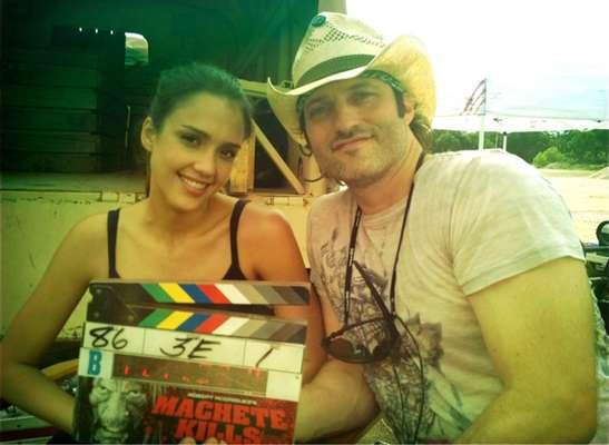Robert Rodríguez es el Pedro Almodóvar latino. El director de cine se destaca por que en sus producciones siempre se rodea de grandes y bellas actrices, ¿su musa? Jessica Alba.