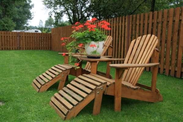 É recomendável passar óleo de peroba ou linhaça todos os meses na madeira