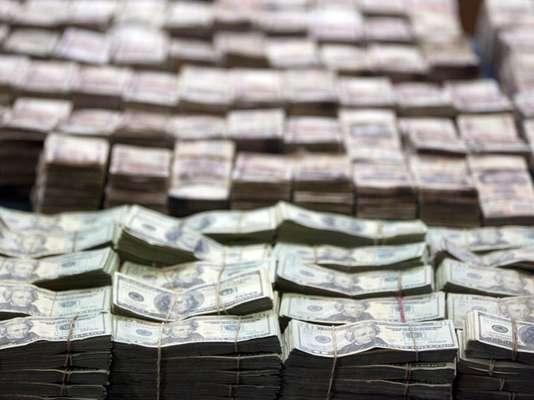 El negocio de las bandas del narcotráfico de México no conoce fronteras ni límites. Se valen de sus estrategias para lavar dinero a lo largo y ancho del país vecino, Estados Unidos. ¿Qué carteles operan? ¿De qué manera?