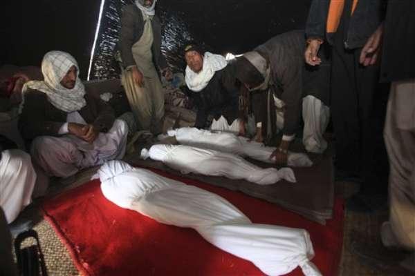 Los datos provisionales de víctimas de los dos fuertes terremotos, de 6,2 y 6 grados de magnitud en la escala abierta de Richter, que sacudieron hoy el noroeste de Irán, ascendieron abruptamente y son ya al menos 306 los fallecidos y más de 3.037 los heridos, según las autoridades locales.