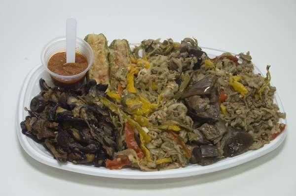 O antepasti de berinjela e pimentão é um dos pratos típicos que podem ser encontrados na 86ª edição da Festa de Nossa Senhora Achiropita, em São Paulo. O tradicional evento, que acontece no bairro do Bixiga, em São Paulo, vai até dia 2 de setembro, sempre aos finais de semana