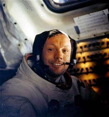 Después de Neil Armstrong, solo once personas han caminado en la Luna y el próximo terrícola que posará allí su pie será seguramente de China, aunque otros países asiáticos como Japón o India destacan también en la carrera espacial.