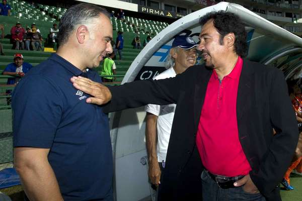Guillermo Vázquez y Hugo Sánchez ya se enfrentaron en la pretemporada en el cuadrangular de León con victoria para Pachuca en penalties (4-3). Ahora la realidad de Celestes y Tuzos parece muy diferente.