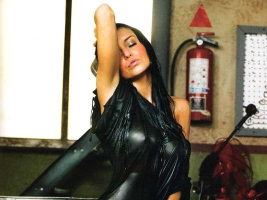 La belleza de Angelique Boyer que se ha podido admirar desde sus inicios en los melodramas de Televisa. Recuerda su trayectoria de mano de todas sus caracterizaciones y profesionalismo demostrado en cada uno de sus proyectos.