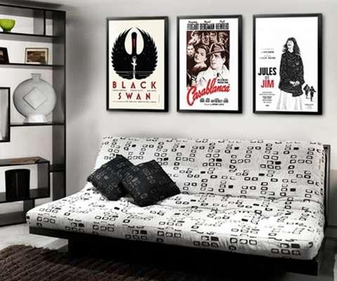 O pôster pode ser usado para criar ambientes temáticos, como imagens de filmes em salas de televisão. A Quero Posters tem diversos tipos de gravuras, mas as de cinema são seu carro-chefe. Informações: (11) 4113-5558