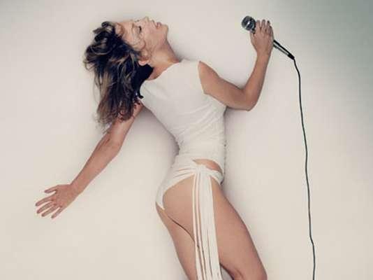 Kylie Minogue se convirtió en la voz favorita de los mexicanos con su tema 'Timebomb'.